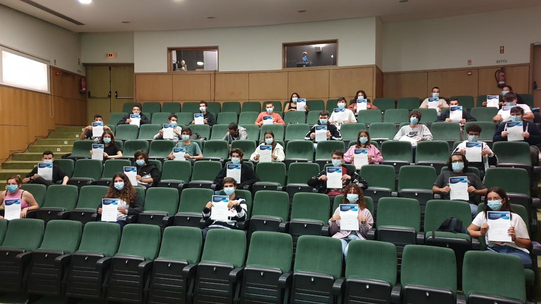 Alunos em sessão de teste de seleção no dia 16 de setembro